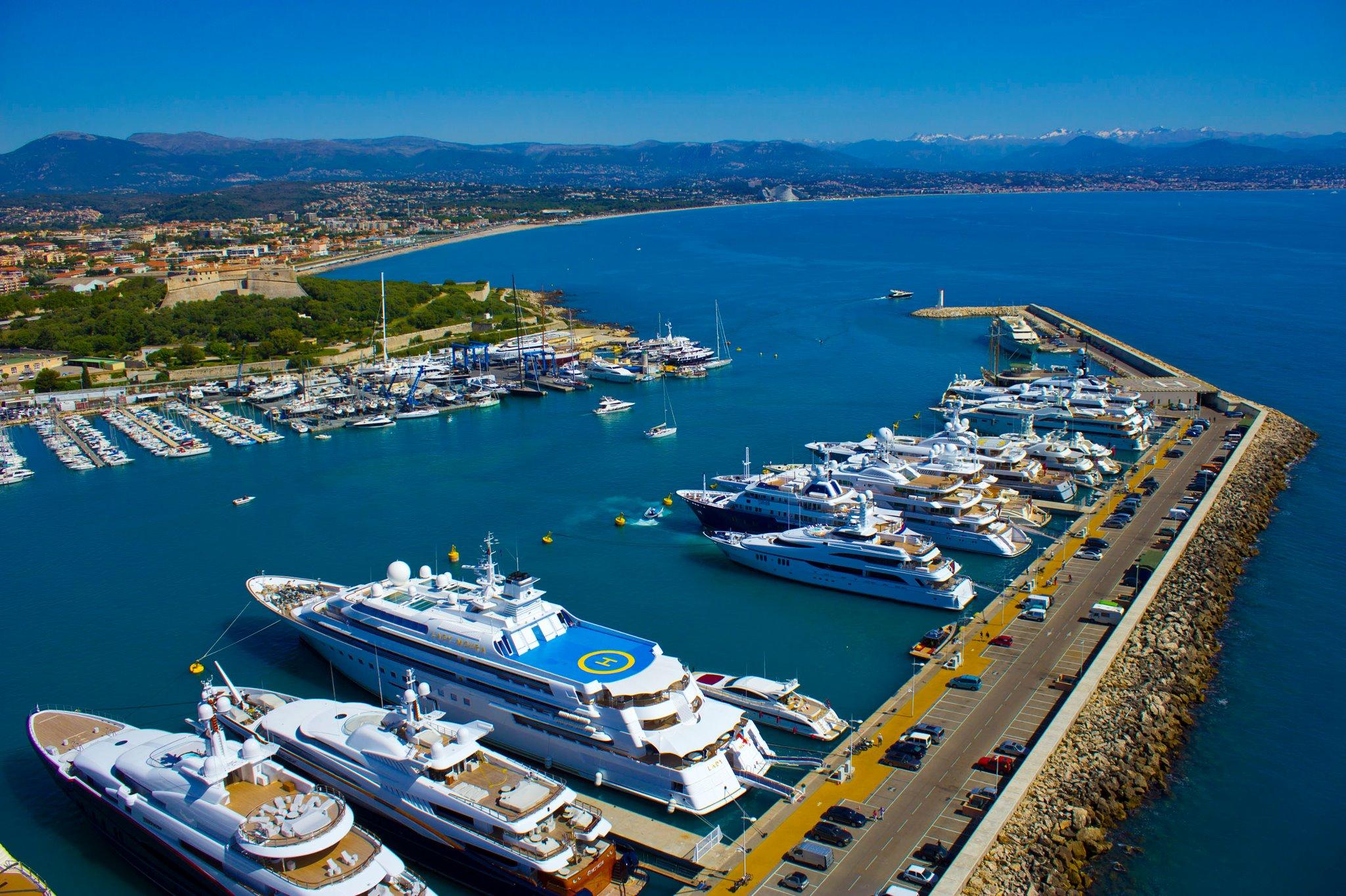 Quai des Milliardaires, Antibes, France