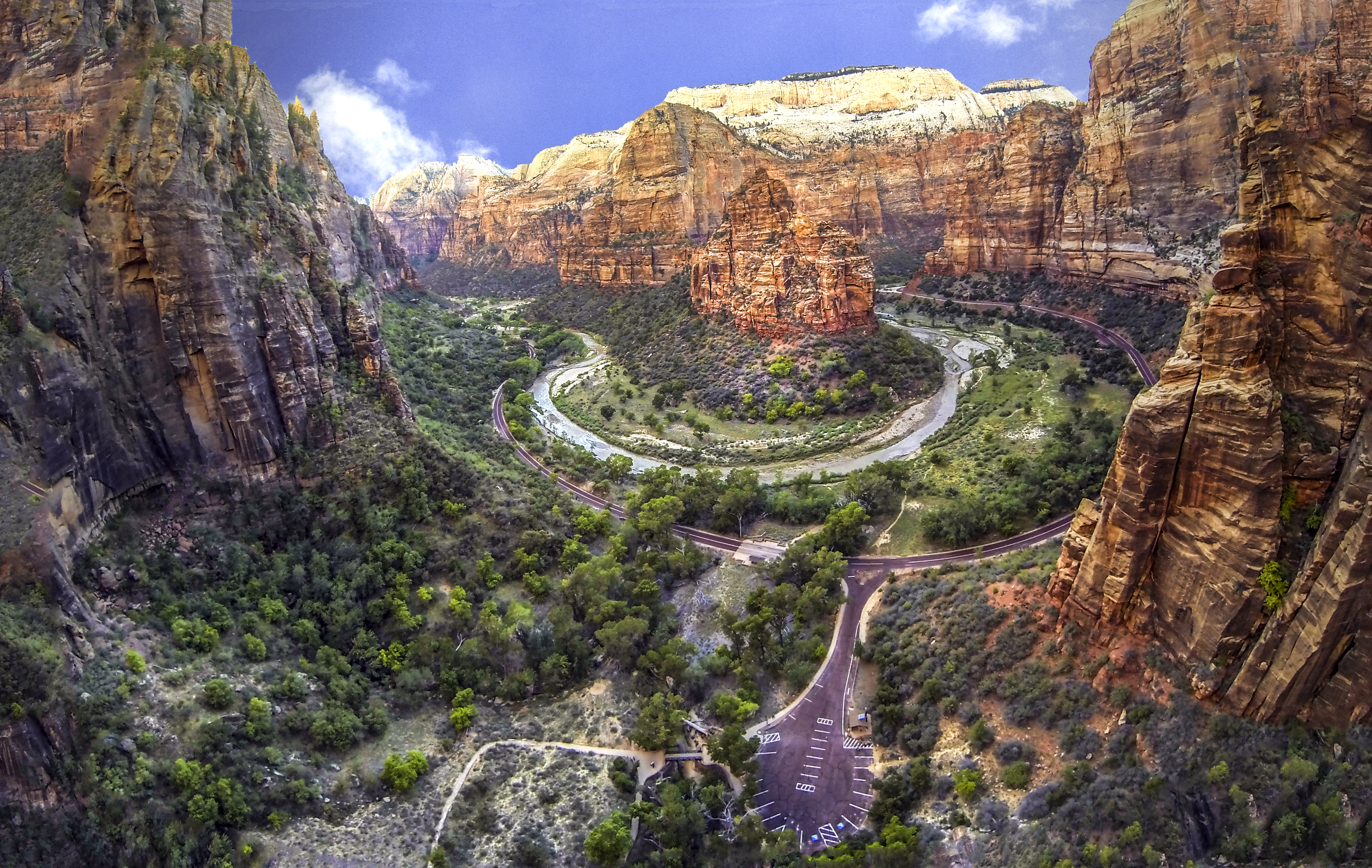 Weeping Rock, Zion, Utah, USA | Dronestagram: www.dronestagr.am/weeping-rock-zion-utah-usa