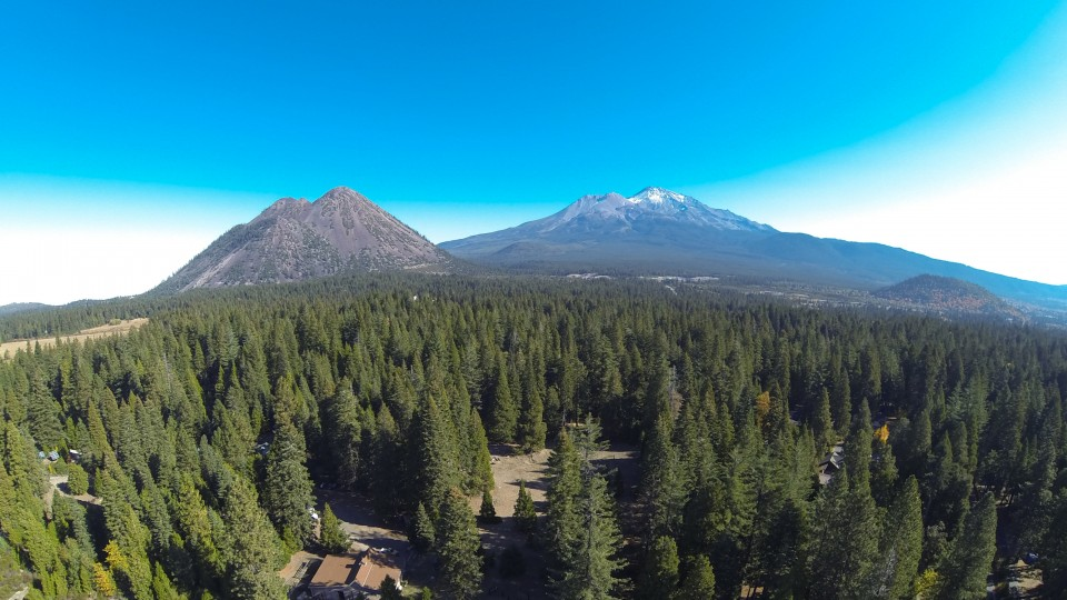 Mount Shasta (CA) United States  city photo : Mount Shasta, California | Dronestagram