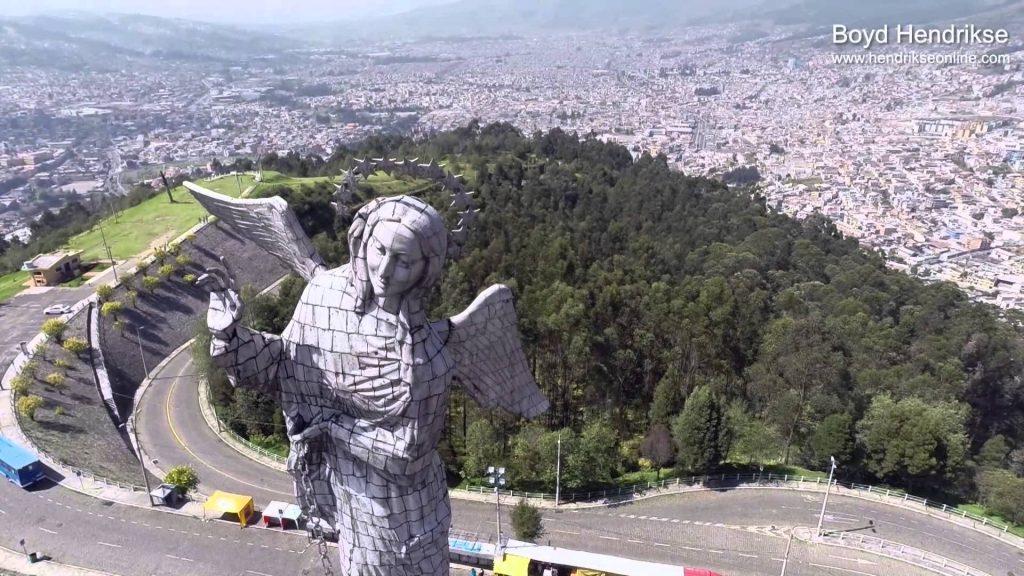 El Panecillo, Quito, Ecuador ...