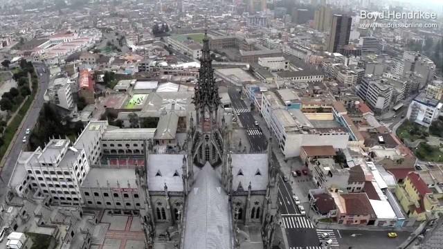 La Basilica del voto, Quito, Ecuador