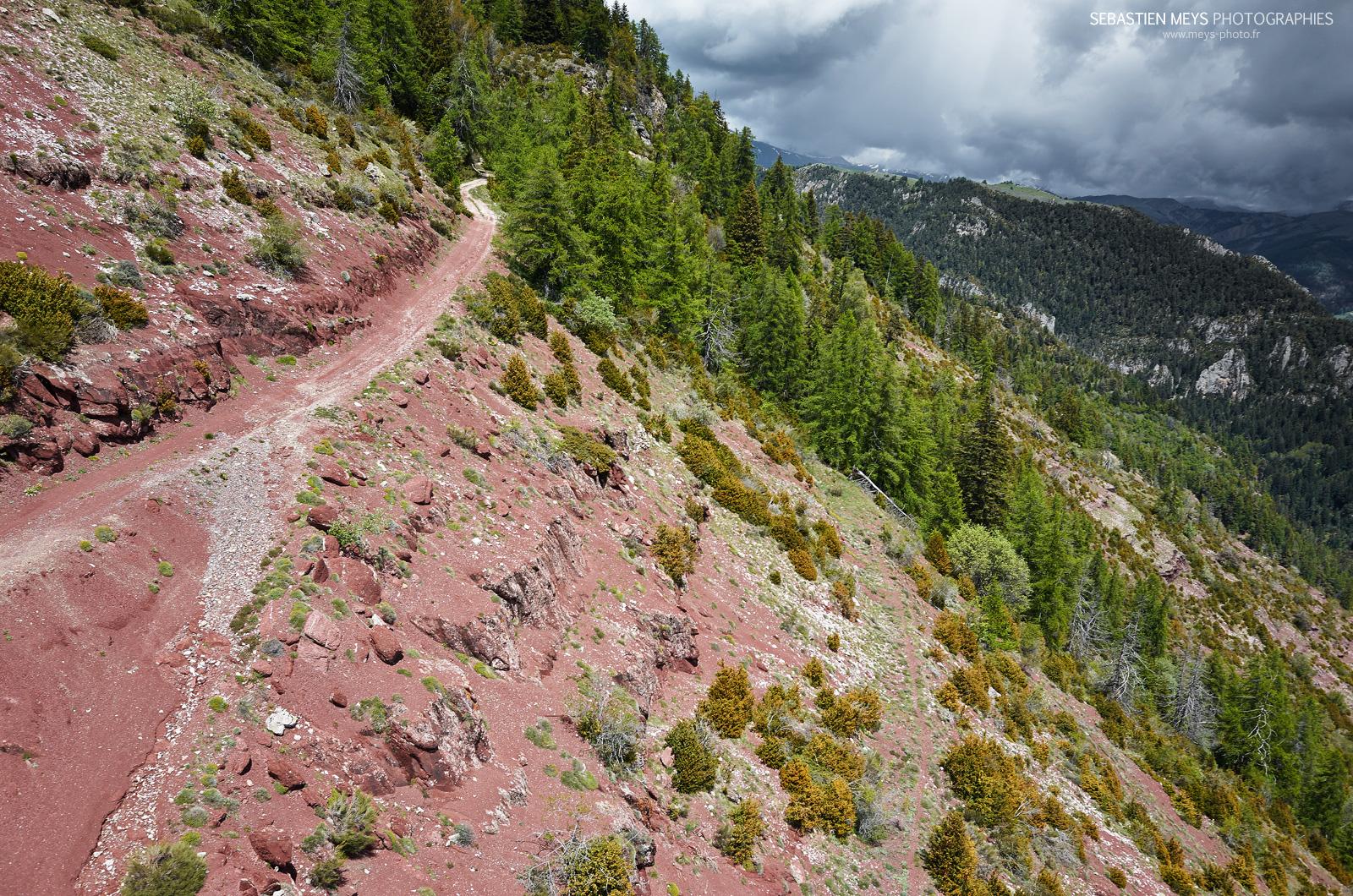 Illion path