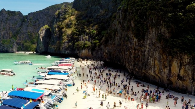 Maya Bay phi pih island