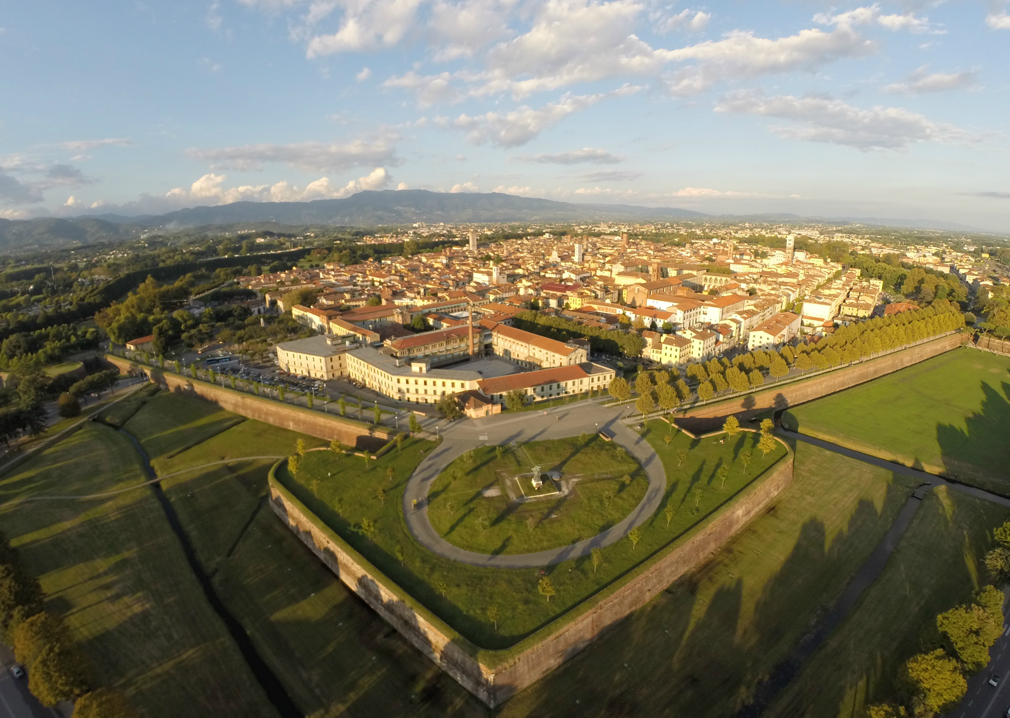 Lucca Italy Images Lucca Tuscany Italy