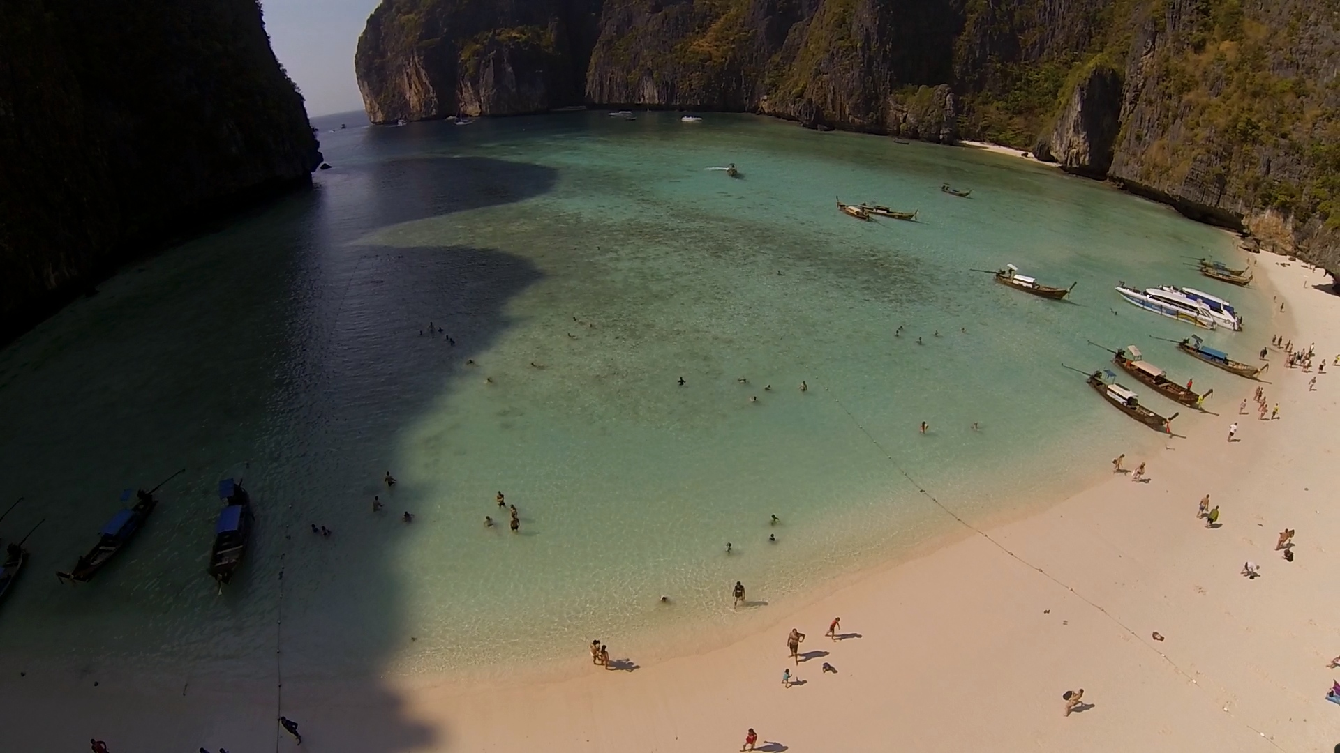 drone forum with Maya Bay Ko Phi Phi Le Thailand on Maya Bay Ko Phi Phi Le Thailand also Paricutin Michoacan moreover Rarotonga in addition Blavanddenmark also Cubee Optimus Prime Movie 171530605.