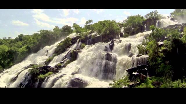 Aruu Falls, Uganda