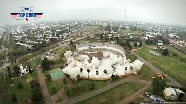 Implosión del Cilindro Municipal, Montevideo – Uruguay (DJI Phantom2)