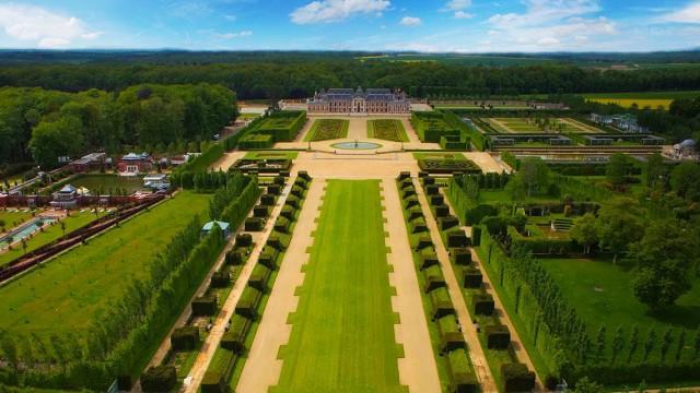 Photo aérienne – Château Champ de Bataille – TechniVue
