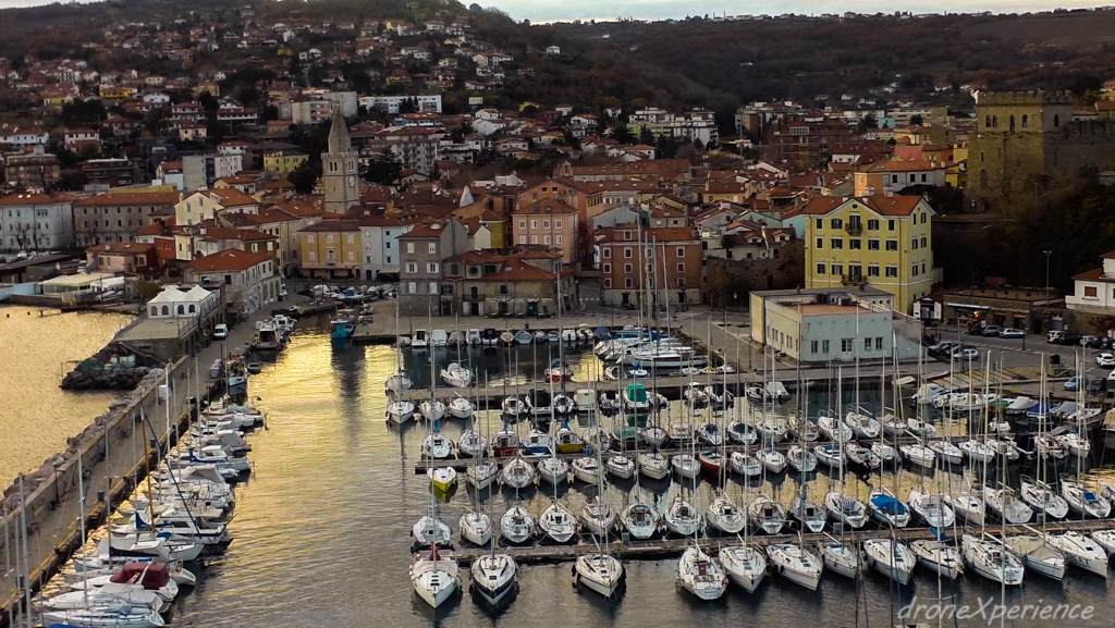 drone with gopro with Muggia Trieste Italia on Gopro also Mklcc diytrade likewise Video Odyssee En Antarctique 156933 as well Norway Flaam Fiords together with 4nc8AAzkB5o.