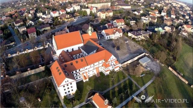 Poland – Wieliczka. Klasztor Ojców Reformatów z powietrza by Air-Video.pl