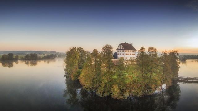 Schloss Mauensee, Luzern, Switzerland