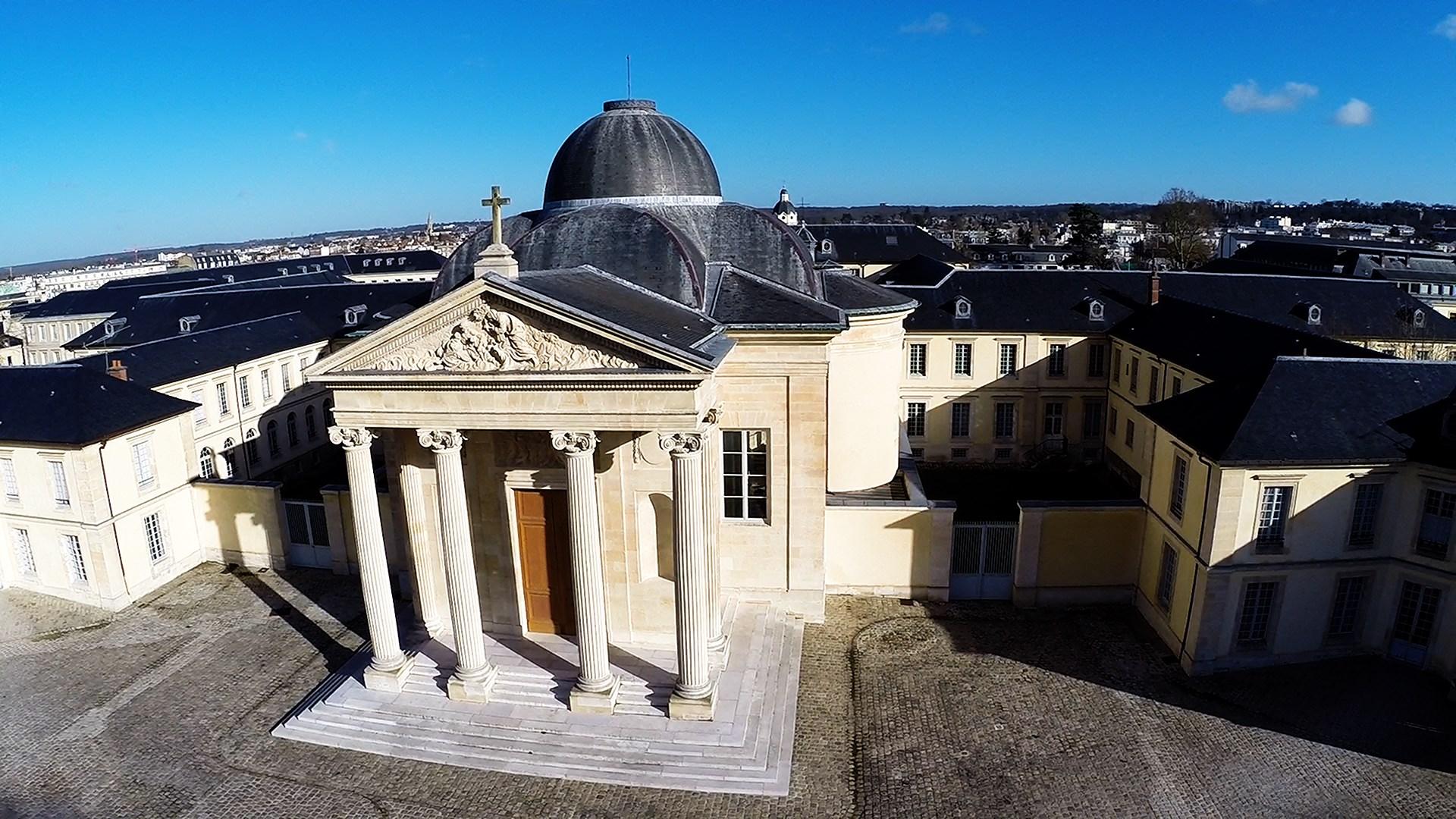 Ville de versailles dronestagram for Piscine de versailles