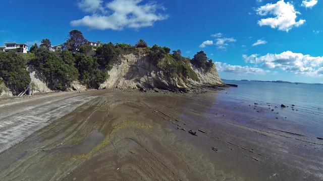 Musik Point, Eastern Beach, Auckland
