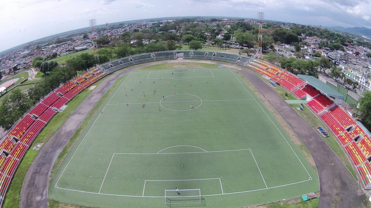 Estadio Manuel Calle Lombana