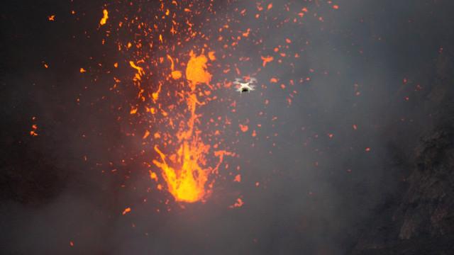 Lava & Phantom in Yasur Volcano, Tanna, Vanautu