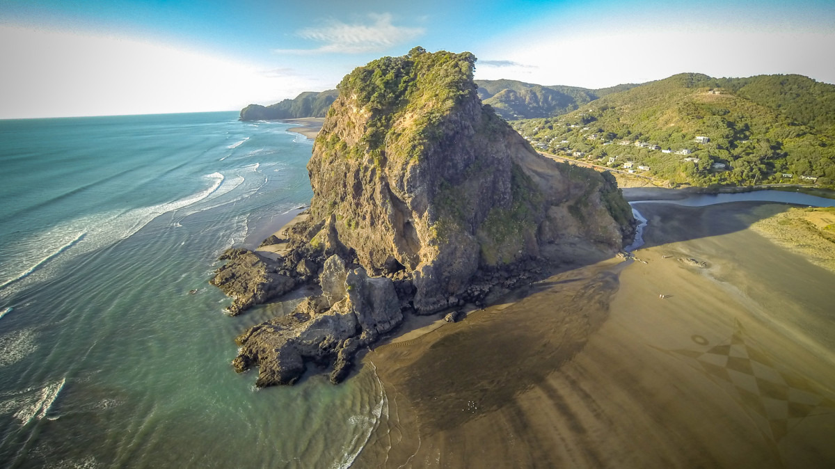 phantom drone with camera with Lion Rock Piha Beach New Zealand on Phantom 4 Pro O Novo Drone Dji E Para Voce moreover Lion Rock Piha Beach New Zealand likewise 28E1587B C762 4DB3 9973 C9BFCFC345AB besides Agua Azul Waterfalls Chiapas Mx together with Brasov.