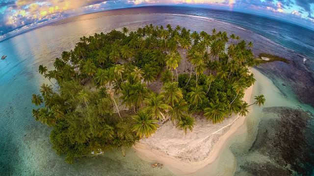 Secret island, Tahaa, French Polynesia