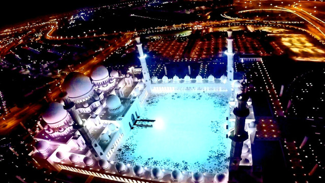 Sheikh Zayed Grand Mosque | Abu Dhabi, United Arab Emirates.