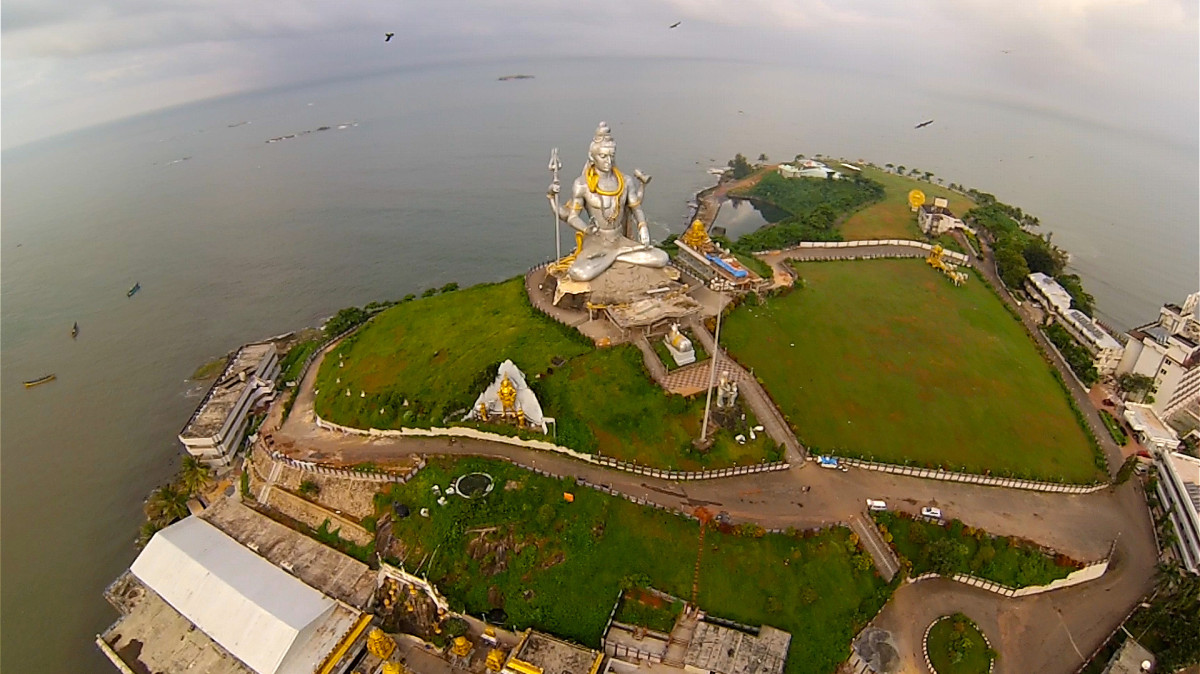 x drone camera with Murudeshwar Temple on Celular Microsoft Lumia 435 Dual Chip 8gb 10948 further Nasa Films Fascinating Spacex Falcon 9 Reentry With Infrared Cameras 1607260 likewise Cabo Da Roca Azoia Portugal besides Mwir Long Range Cooled 3 5um Micron Zoom Cameras furthermore Evian Les Bains France.