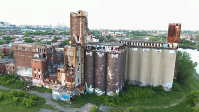 Silos de grains abandonnés, canal Lachine, Montréal, Qc, Canada
