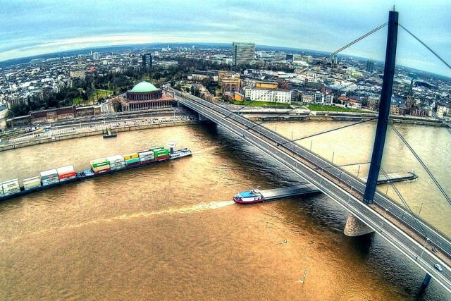 Oberkasseler Brücke und Tonhalle, Düsseldorf, Germany