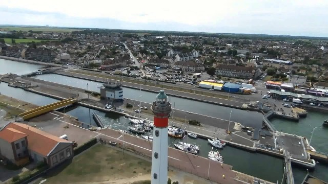 Phare et port de Ouistreham, Ouistreham, Calvados, France