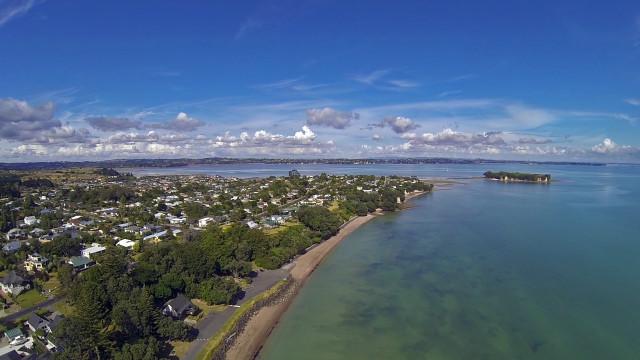 Sunkist bay, Beachlands