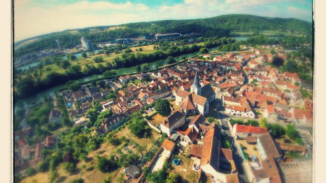 Bennecourt dronestagram for Balade en yvelines