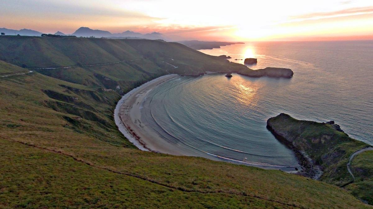 Playa de Torimbia, Llanes. Asturias  Dronestagram