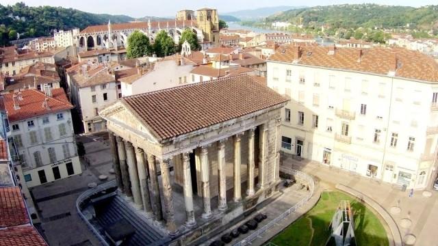 Drone et Temple Auguste et Livie – Vienne – Isère – France