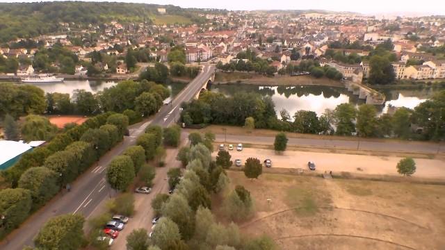 Limay Vieux Pont et Mantes La jolie Collégiale, mantes la jolie, Yvelines, France