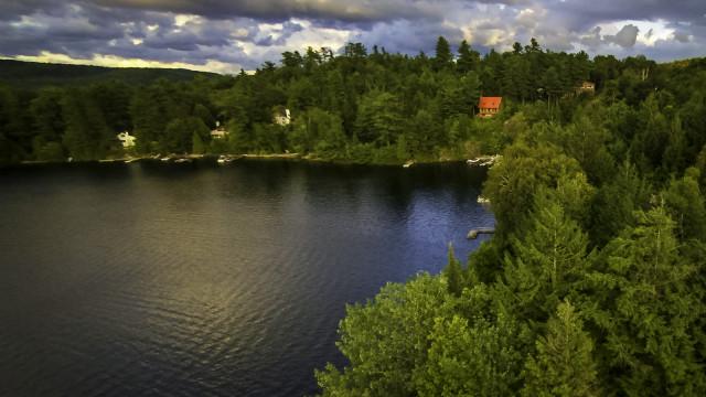 lac Achigan, St-Hippolyte, Québec, Canada