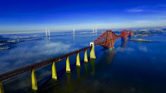 Forth Bridges, South Queensferry, nr Edinburgh, Scotland