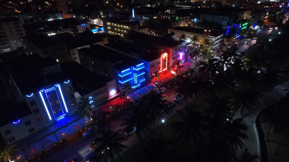 Ocean Drive at night, Miami Beach