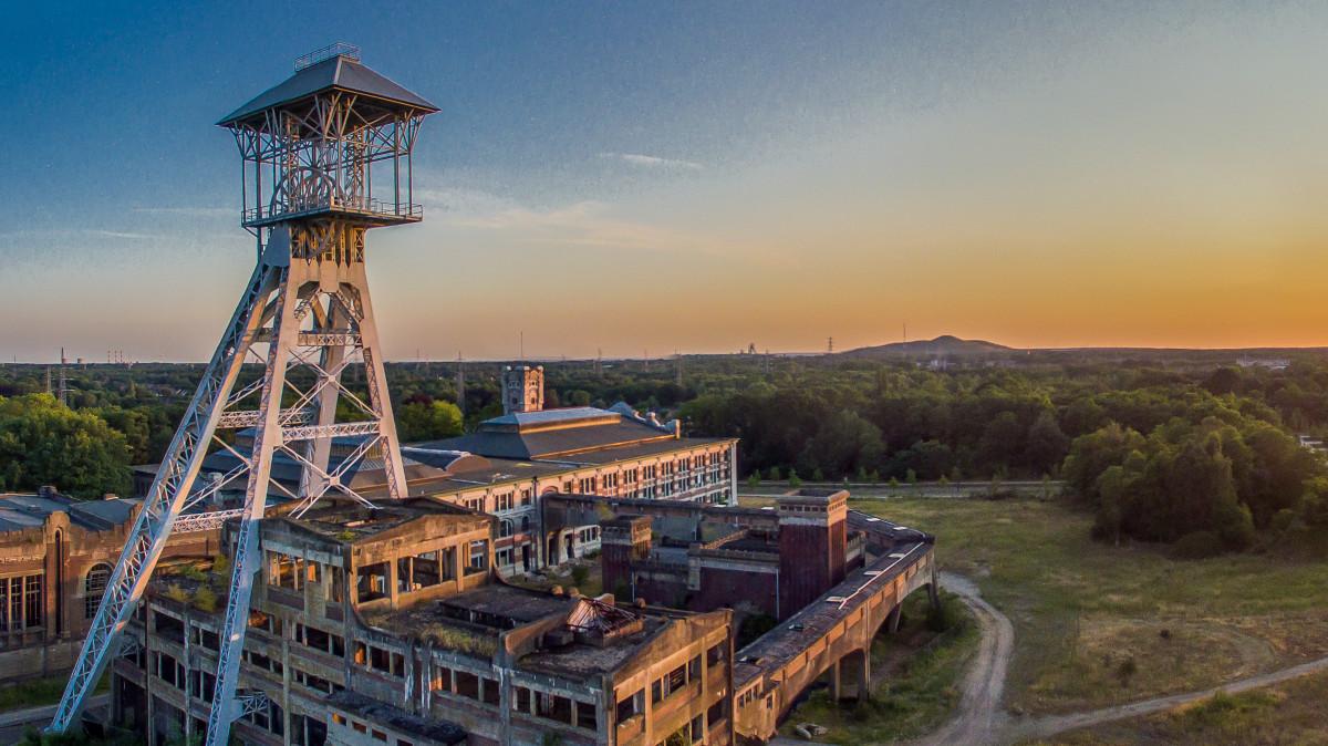 Abandoned coalmine infrastructure