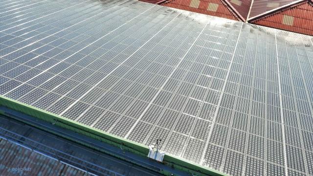 Panneaux solaires photovoltaiques, Toulouse, France