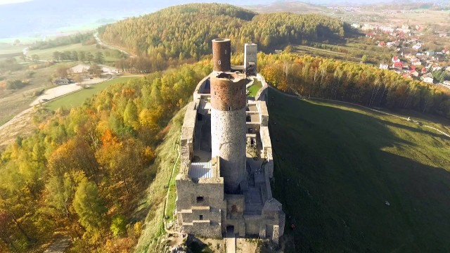 Checiny Castle , Poland