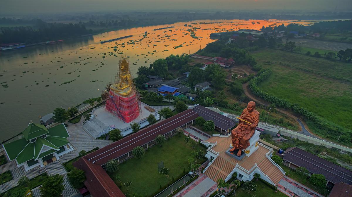 Wat Chonlaprathan, Pathum Thani, Thailand | Dronestagram