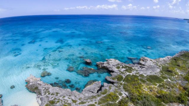 plage de Peng, tribu de Hapetra, Lifou, Nouvelle-Calédonie