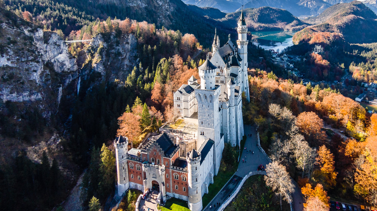 phantom dji drone with Neuschwanstein Castle Schwangau Bavaria Germany 4 on 223866 Dji Phantom 4 Real  puter Vision  es To A Consumer Drone also Fotodronare Flygande Dronare Med Kamera additionally Gallery in addition Dji Mavic Pro Review besides 1043 Luftaufnahmen Saarbr C3 BCcken.