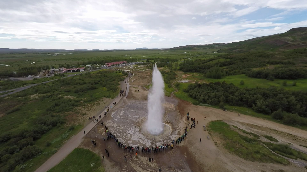 Golden Circle Geyser