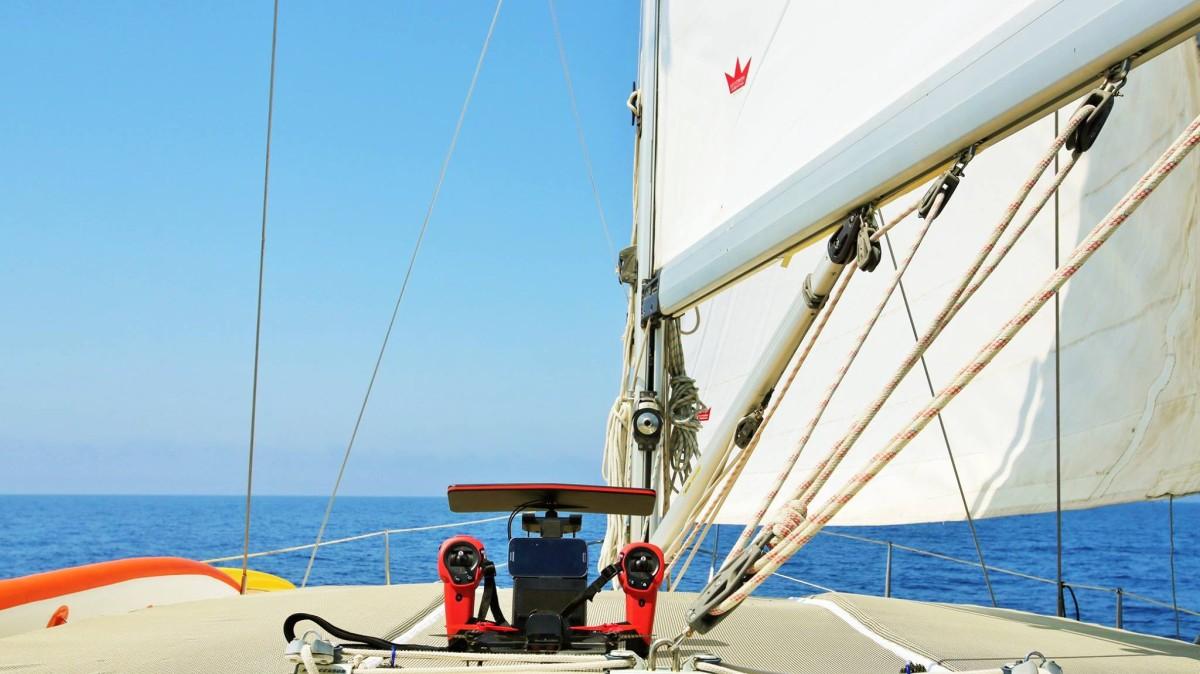 Sky Controller Yacht