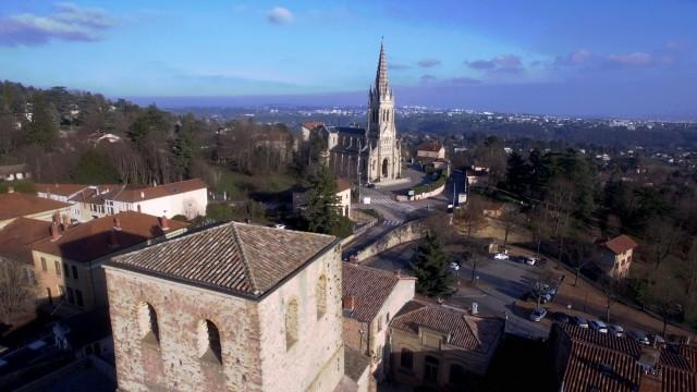 L'église de Saint-Cyr-au-Mont-d'Or, France