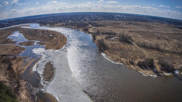 """Spring. The river """"Mologa""""."""
