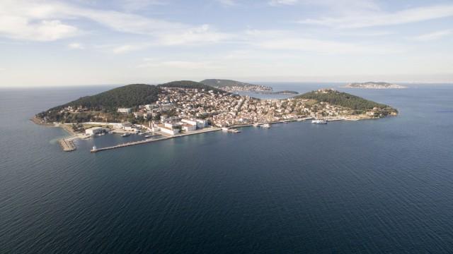 Heybeli Ada / Heybeli Island