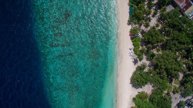 Viligili, beach