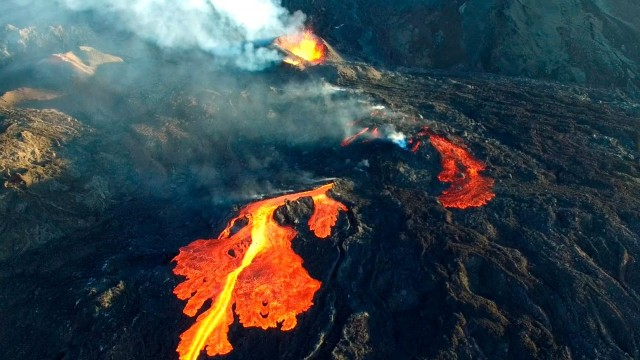 Volcano – Piton de la Fournaise, ile de la Réunion