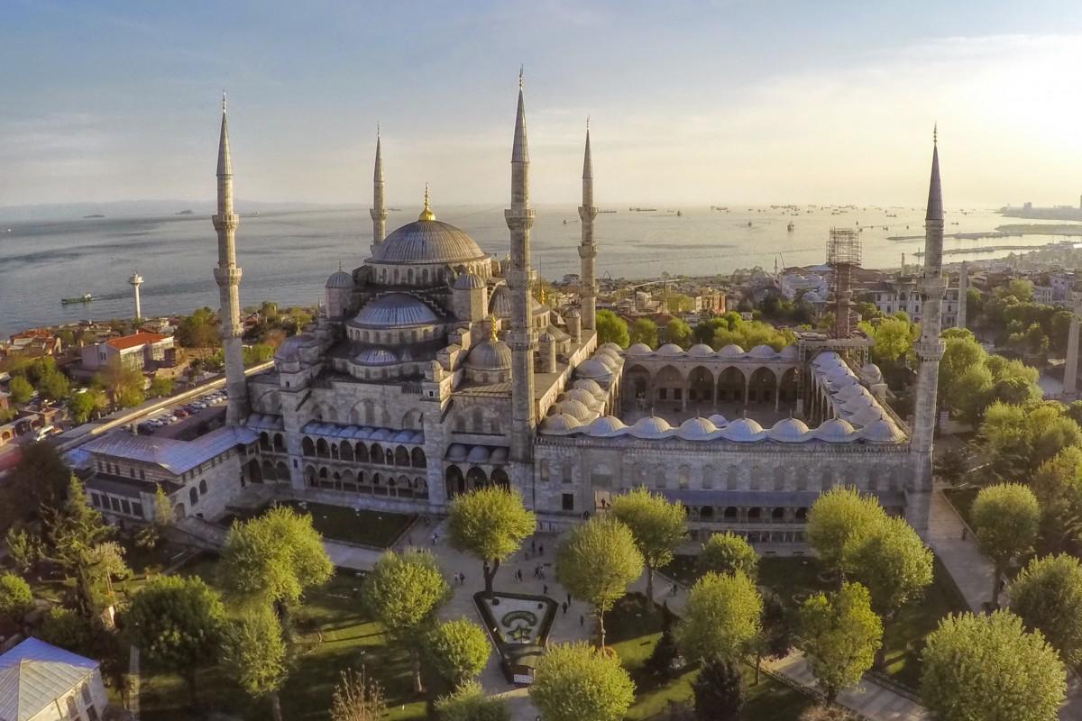 Sultanahmet Camii aka Blue Mosque, Istanbul, Turkey ...