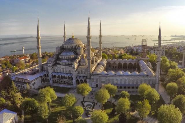 Sultanahmet Camii aka Blue Mosque, Istanbul, Turkey