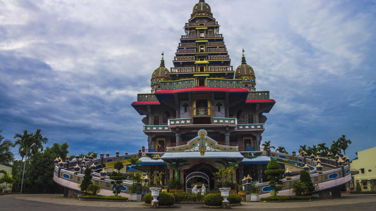 Tempat ziarek umat Nasrani - Graha Maria Velangkanni, Medan, Sumatera Utara